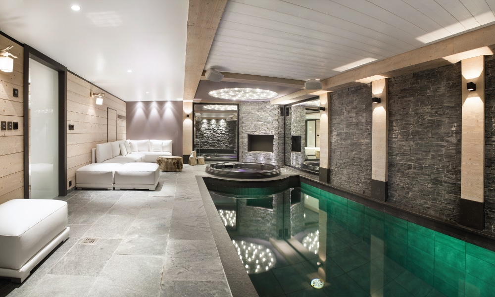 Milky white deluxe chalet - Courchevel