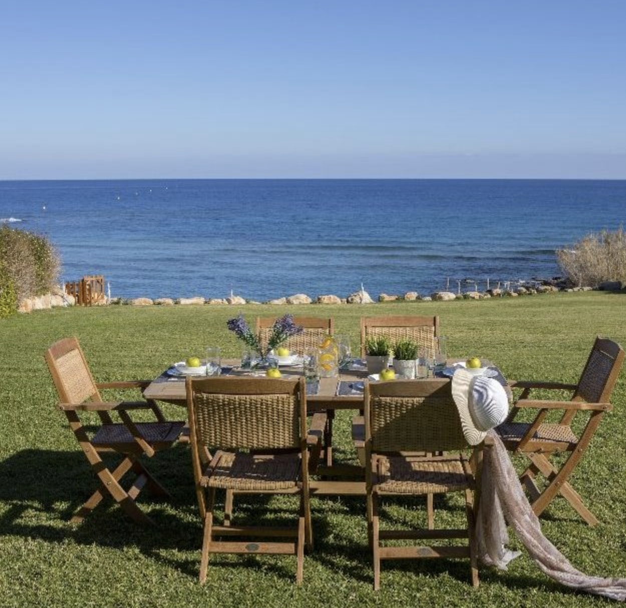 OutDoor Sitting with Sea View