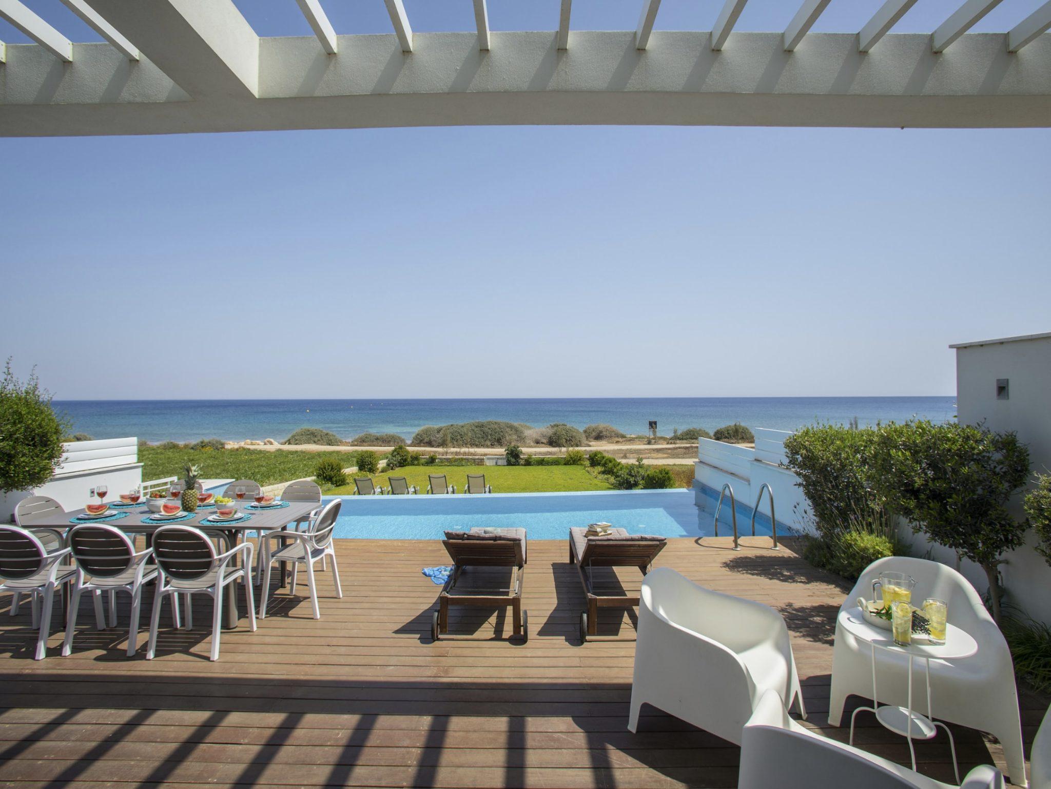VILLA WITH SEA VIEWS - CYPRUS