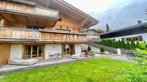 VILLA WITH PHENOMENAL VIEWS OF THE MOUNTAINS - GSTAAD
