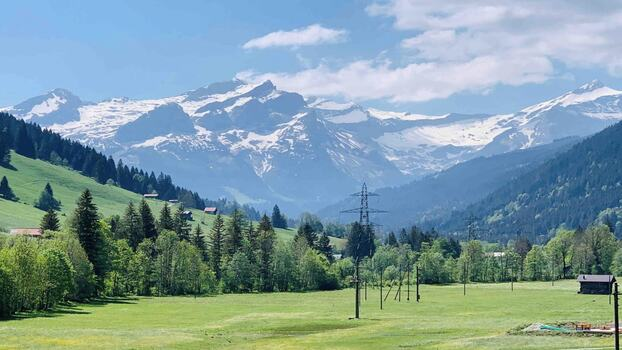 BRAND NEW PENTHOUSE WITH LARGE BALCONIES AND GOOD VIEWS - GSTAAD