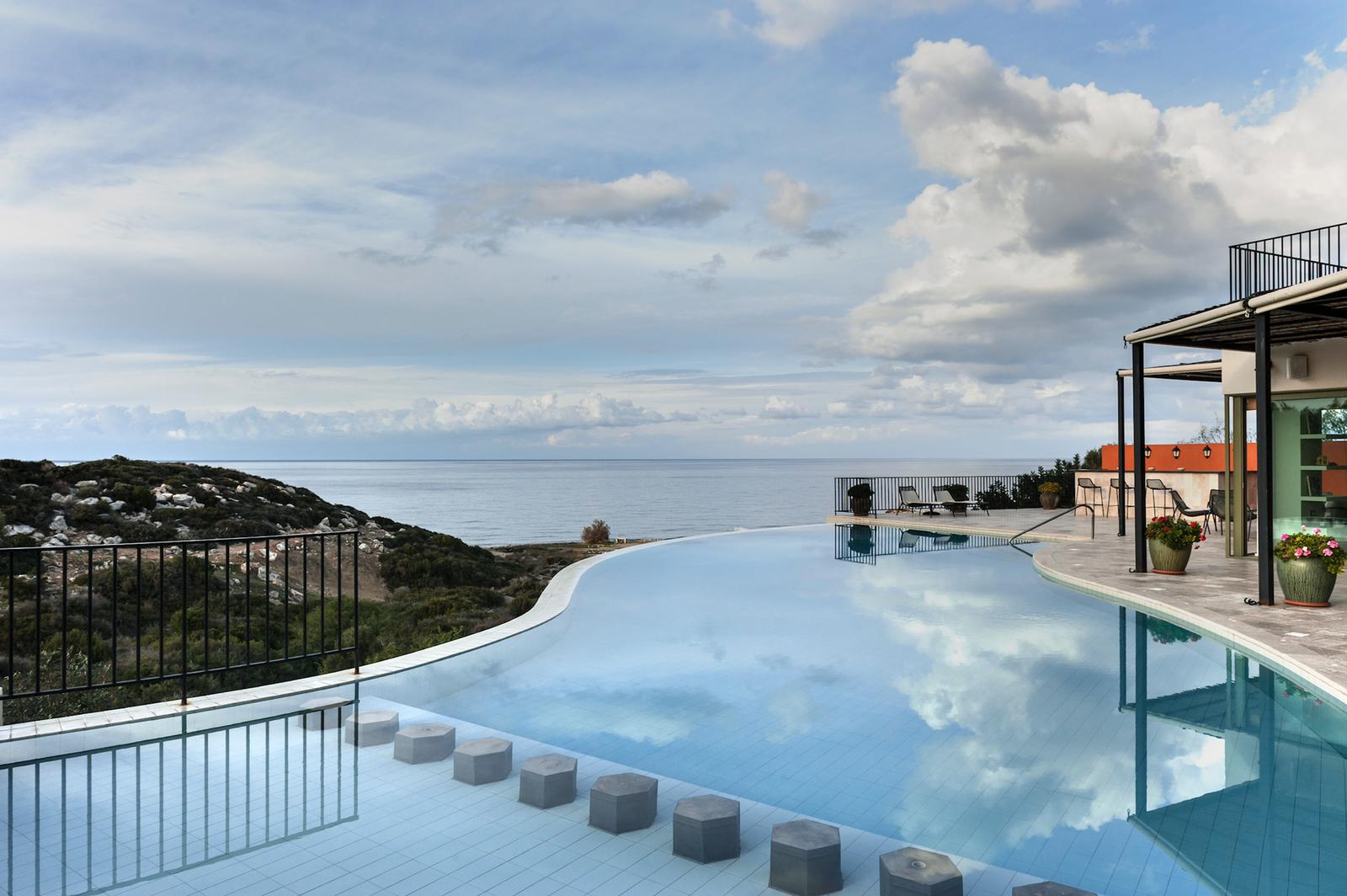 Seafront Villa with Pool