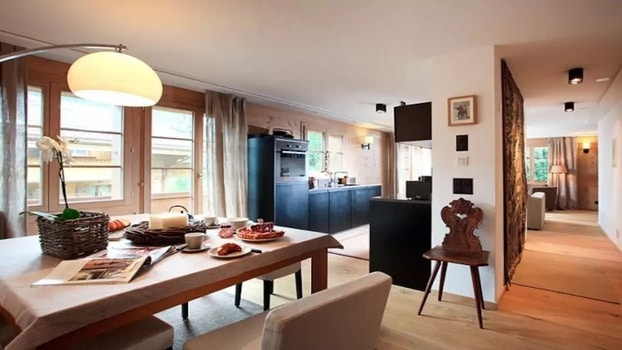 DESIGNED FLAT NEXT TO SLOPES AND VILLAGE - GSTAAD