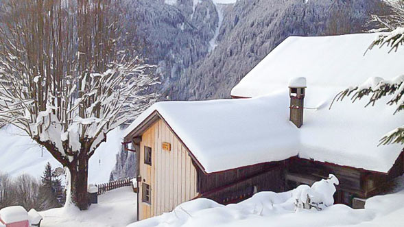 Luxury ski chalet moulins switzerland