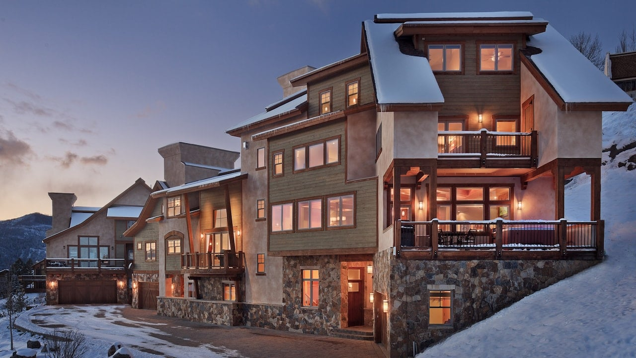 PREMIERE CHALET WITH OUTDOOR HOT TUBS - COLORADO